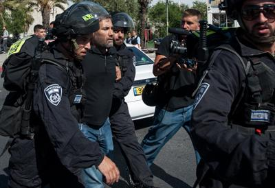 MO_Gerusalemme_polizia_scontri_Xin